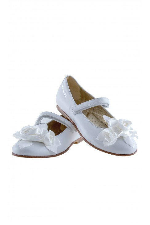 White girls velcro shoes, Monnalisa