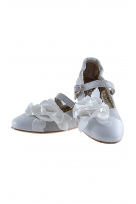 White & silver girls shoes, Monnalisa