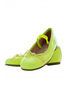 Bright green ballet flats, Pretty Ballerinas