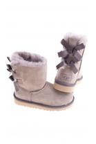 Light brown BAILEY BOW boots, UGG Australia
