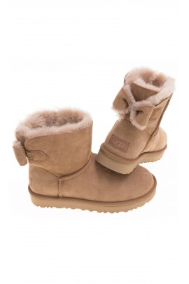 Light brown NAVEAH boots, UGG Australia
