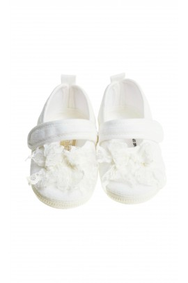 Écru girl baptism shoes, Aletta