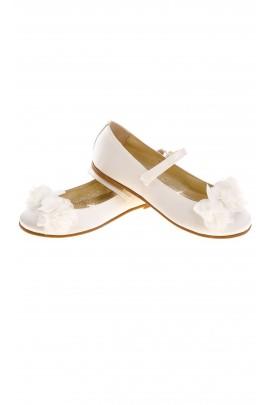 White girls shoes, Monnalisa
