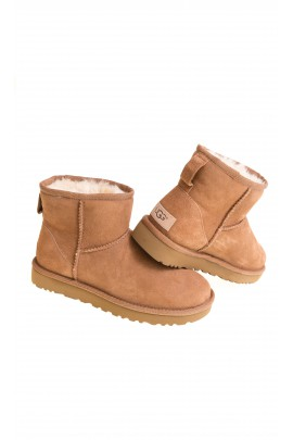 Brown boots, UGG
