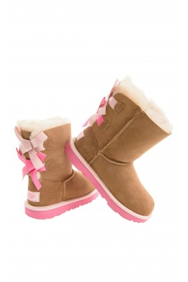 Light-brown boots with 2 pink bows, UGG