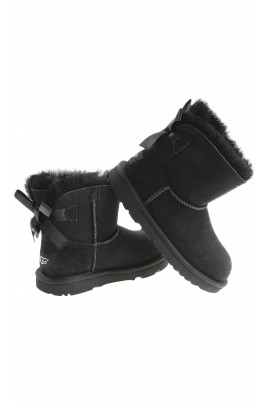 Black boots with 1 bow, UGG
