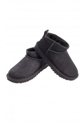 Classic ultra mini black boots, UGG